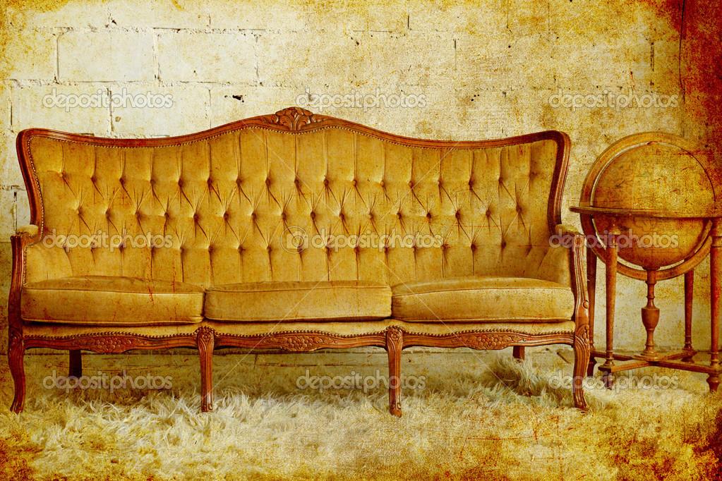 与旧地球的老式沙发