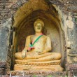 Ruin buddha — Stock Photo #37902581