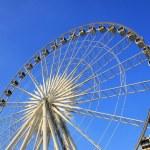 Ferris wheel — Stock Photo #37904277