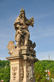 Saint Ludmila statue in Charles bridge — Foto de Stock