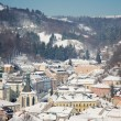 Old center of Banska Stiavnica in winter, Slovakia - Foto de Stock  