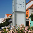 Modern four-sided clock in town - Foto de Stock  
