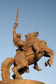 Socha krále svatopluka před bratislavský hrad — Stock fotografie