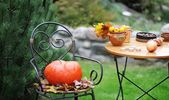 Wooden table and chair set outdoors — Foto Stock