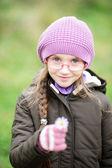 Retrato de niña con sombrero rosa — Foto de Stock