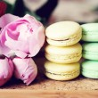 Still-life photo with cups, macaroons and peony — Stock Photo #24519139