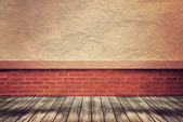 Empty wood floor and wall for Vintage wallpaper — Stock Photo