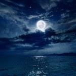Full moon over sea — Stock Photo #38262351