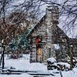 Snowy Winter Log Cabin — Stock Photo