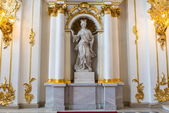 Palace statue in Russian palace — Stock Photo
