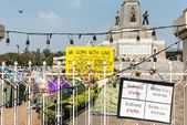 BANGKOK - FEBRUARY 2: Protesters camp site at Victory monument — Stock Photo