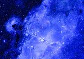 Campo de estrellas en el espacio y una nebulosas — Foto de Stock