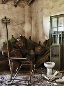 Abandoned garet — Stock Photo