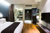 Interior of modern comfortable hotel room — 图库照片