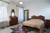 Alte Schlafzimmer — Stockfoto