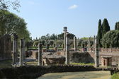Ancient ruins of Hadrian's Villa (Villa Adriana in Italian) — Stock Photo