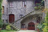 """展览""""在维泰博里菲奥雷第佩莱格里诺圣""""在圣佩莱格里诺在菲奥雷事件看到维泰博这座历史名城 — 图库照片"""
