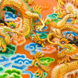 Chinese dragon statue — Stock Photo