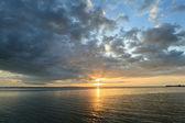 Ciel coucher de soleil tropical — Photo