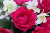 Rosas y orquídea bouquet — Foto de Stock