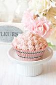 Roze cupcake. — Stockfoto