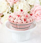 Pink cupcake. — Stock Photo