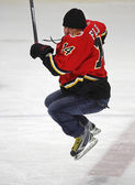 NHL Hockey Theo Fleury Jumps Skating — Stock Photo