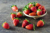 Fresh strawberries on basket — ストック写真