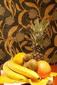 Frutta su desc — Foto Stock