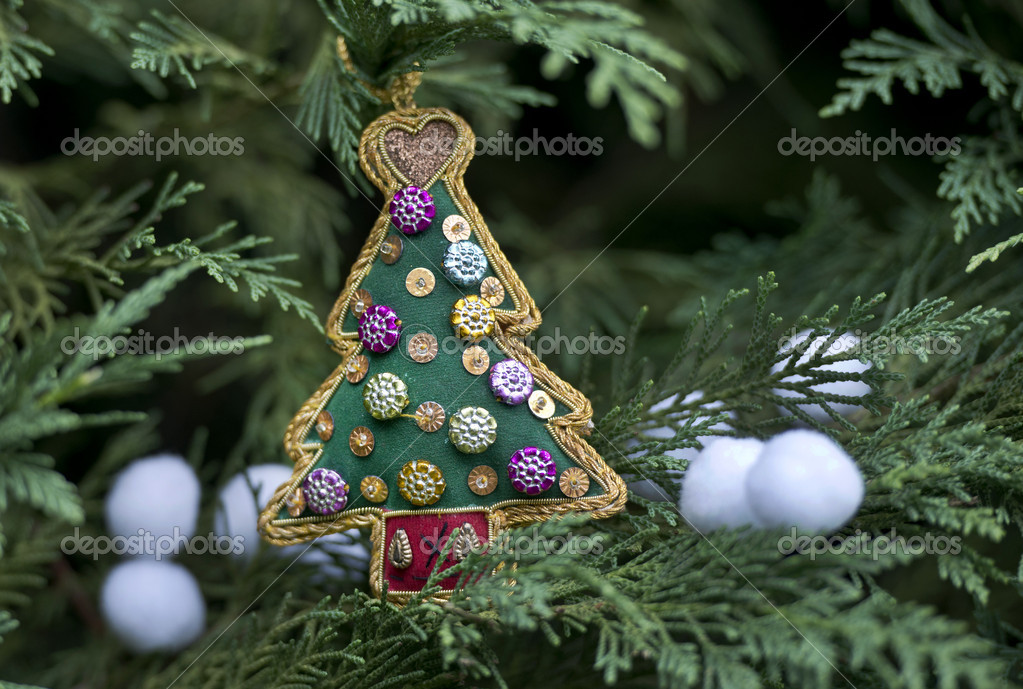 Christmas tree — Stock Photo #13867812