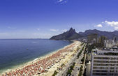Sunny day on Ipanema Beach — Stock Photo