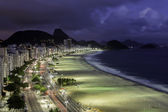 Copacabana Beach at night — Stock fotografie