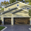 Traditional American Home with Garage — Stock Photo