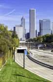 Curve road to Chicago downtown — Stock Photo