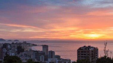 Rio de Janeiro, Ipanema Beach sunrise view from Alto Leblon — Stock Video