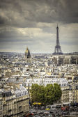 View on Eiffel Tower in Paris — Stock Photo