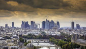 Scenic view of Paris with La Defenseas background — Stock Photo