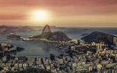 Zonsopgang panorama over rio de janeiro, Brazilië — Stockfoto