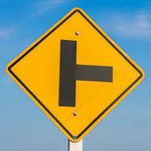 Road sign on sky background,junction sign,intersection, crossroa — ストック写真