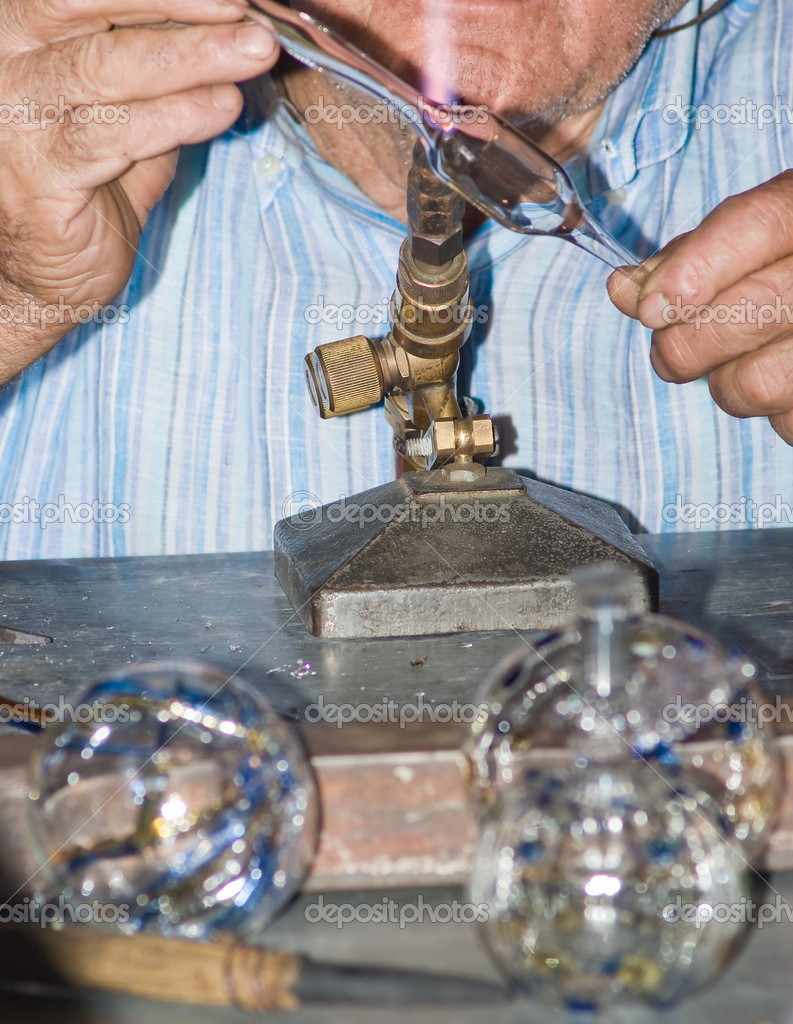 Glass maker craftsman at work  — Stock Photo #12160271