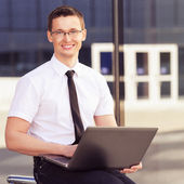 Men with laptop — Stock Photo