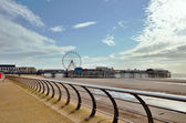 Blackpool promenade with the pier. — Stock Photo