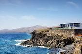 Dům na pobřeží puerto calero — Stock fotografie