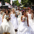 Bride Parade - Photo
