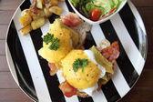 Egg benedict — Stock Photo