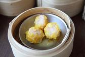 Yumcha , dim sum in bamboo steamer — Stock Photo