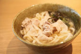 Udon noodles with pork — Stock Photo