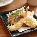 Soba noodle with fried shrimp — Stock Photo #45910853