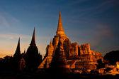 Pagode au temple de wat phra sri sanphet — Photo