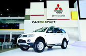 The Mitsubishi Pajero Sport car — Stock Photo